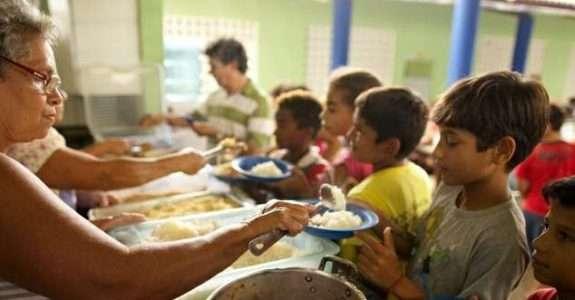 Governo Federal firma o Pacto Nacional para Alimentação Saudável