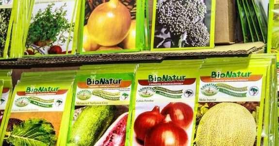 Controle de sementes sobre agricultores familiares e sistemas alternativos de distribuição