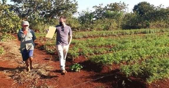 Pró-Orgânico: Com apoio técnico da Semagro,  produtores recebem certificado de orgânico